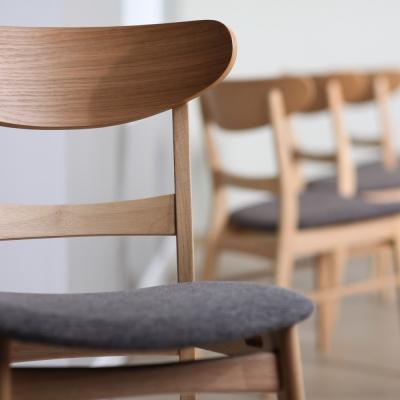 Valgomojo ir baro kėdės