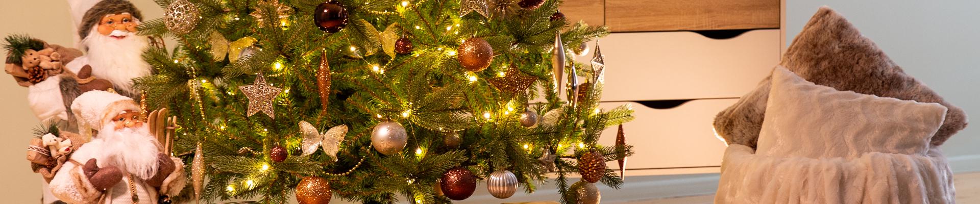 Kalėdinės dekoracijos ir eglutės