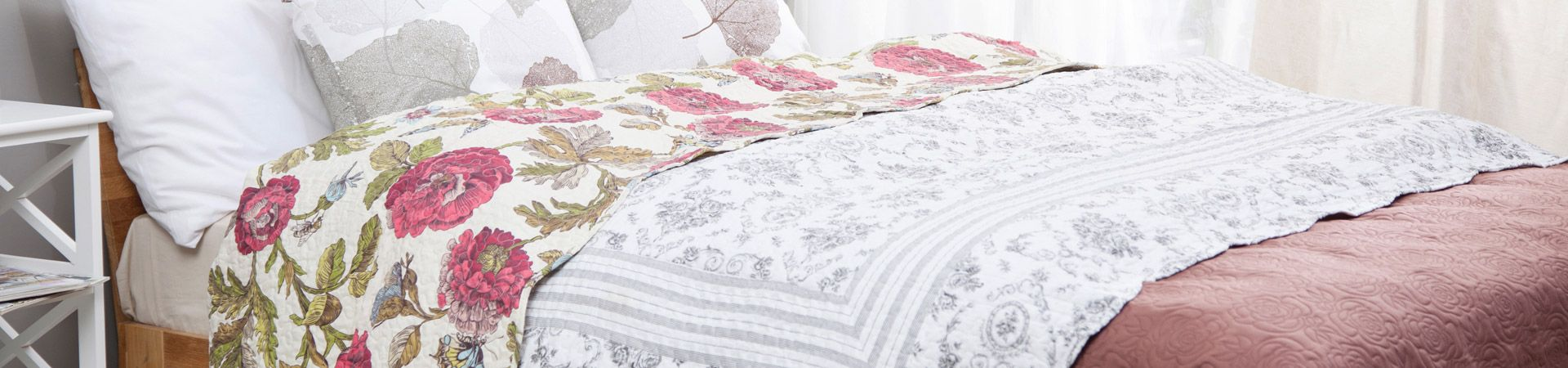 rugs_and_bed_coverlets